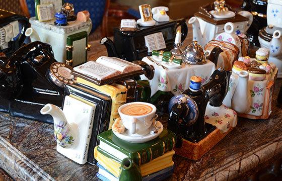 Large-Teapots