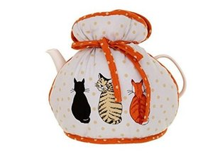 Muff Tea Cosy Cats in Waiting