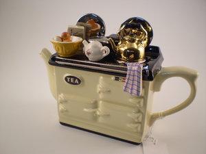 Aga Breakfast Cream Teapot