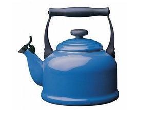 Le Creuset Teakettle Tradition 2,1 Liter, Blue